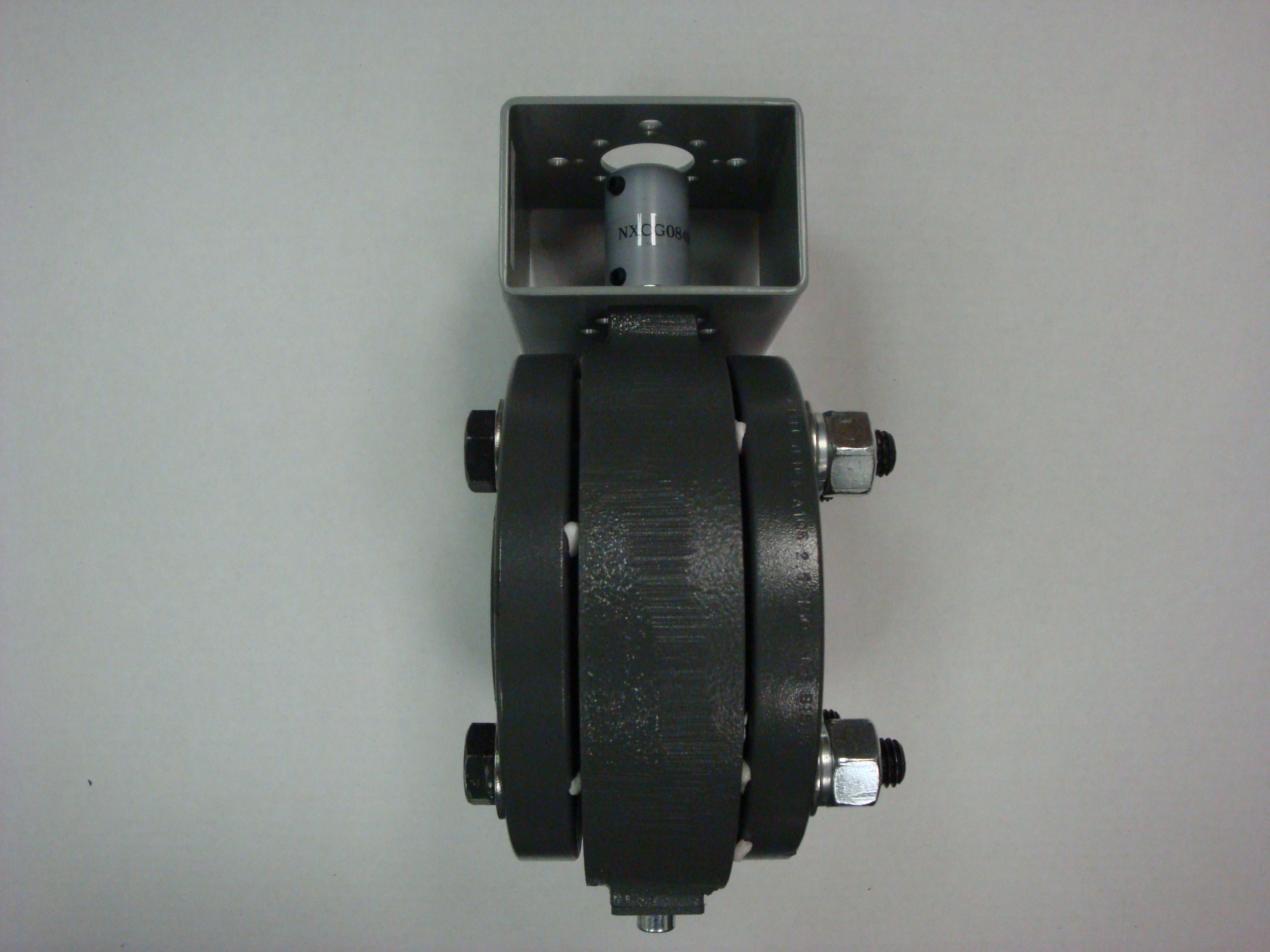 Maxon bracket and coupling